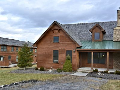 Photo for White Aspen spells luxury in the heart of Canaan Valley!