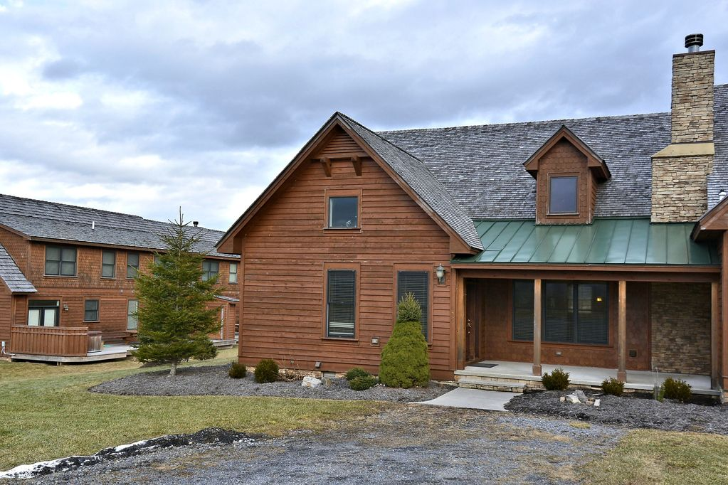 White Aspen spells luxury in the heart of Canaan Valley! - Timberline