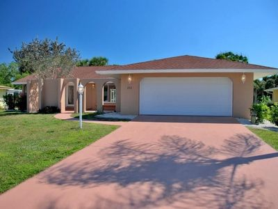 Photo for Serenity awaits with a Heated Pool and Golf Course Views