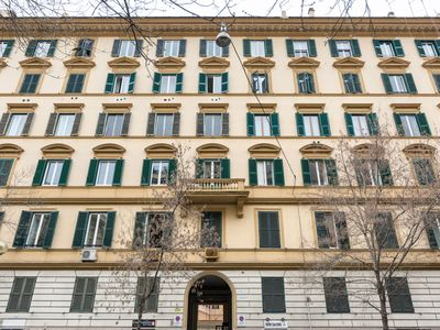 Photo for Elegant apartment in the heart of Rome, nearby the Vatican