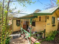 A charming, neat little cottage with every convenience thought of. Perfect for pet owners too!