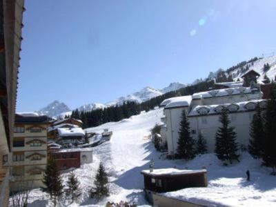 Photo for Courchevel 1850 - on-ski access - cozy studio 3*