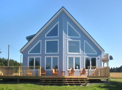 Champagne Vista Beach House on the North Shores of PEI