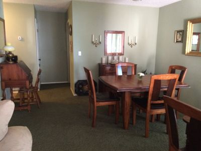 Lakefront Retreat Located on Lake Holbrook!  Fish and swim from a private dock!