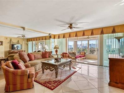 Photo for Gulf & Bay views and is walking distance to the Gulf of Mexico!