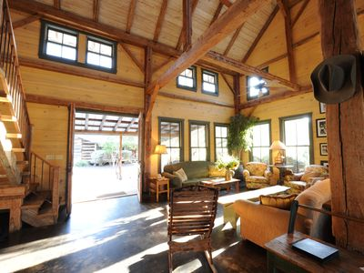 Lake Travis, Hill Country Compound for Large Gatherings