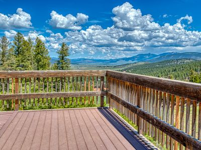 Photo for Cozy cabin w/spacious deck and forest views - close to resort & skiing!
