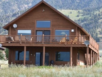 Photo for Stunning Log Cabin close to Yellowstone Park! Sleeps 14