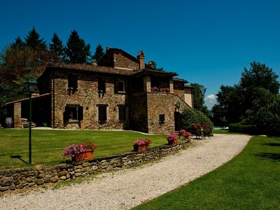 Photo for Villa Tulipano, in the charming country villa of 600, with private pool