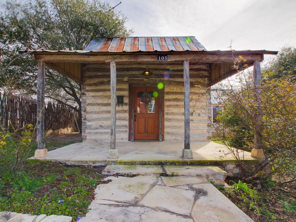 Historic Tin Roof Log Cabin With Updated Amenities Deep In