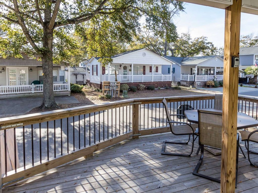 In The Heart Of Ocean Lakes Beautifully Redecorated 2br