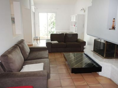 Photo for House in Saint-Cyr-sur-Mer with Parking, Internet, Washing machine, Pool (103421)