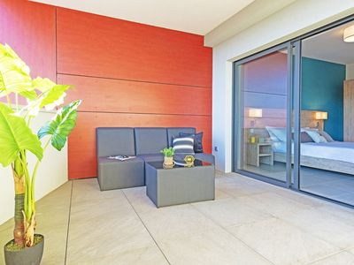Photo for Comfortable T2 Cabin and its spacious 27m2 terrace / Private garage / Residence with rooftop pool...