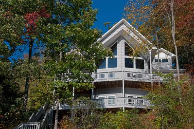 Driftwood cove direct lakefront with dock - multi deck unobstructed views!