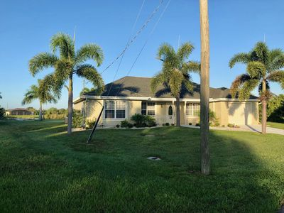 Photo for 3BR/2 BA Waterfront Home w/Pool - South Gulf Cove