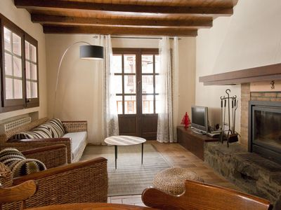 Photo for Val del Riu apartment in Canillo with WiFi, private parking & balcony.