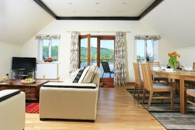 Large Living Area with Exceptional Views across the Lake