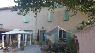 Photo for Beautiful Mas Provençal with 3 BED AND BREAKFAST + pool