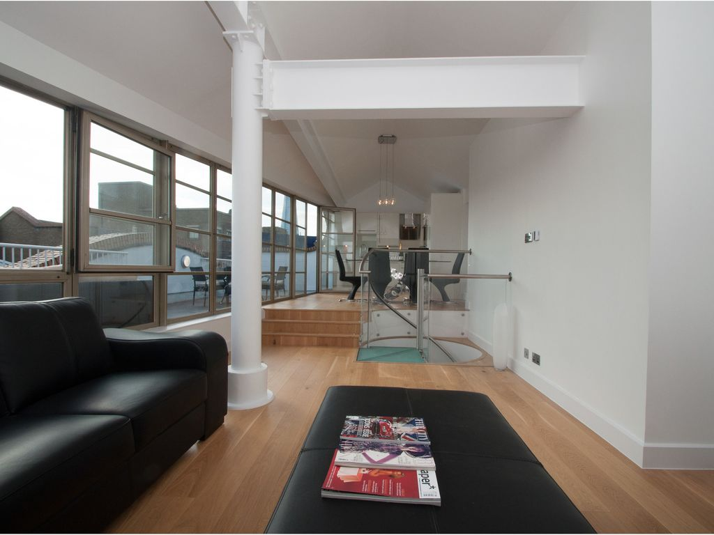 Luxurious Penthouse Apartment Sleeping 6 Near London Bridge (Veeve)