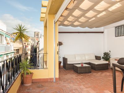 Photo for TERRACE IN THE CENTER OF GRANADA WITH PARKING AND WIFI
