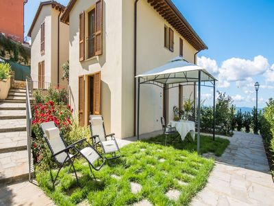 Photo for Charming apartment in Castellina in Chianti with garden