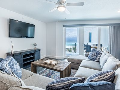 Photo for Spacious Gulf Front Condo, Top-of the-line Resort Amenities, Minutes to Restaurant