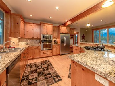 Photo for Custom Builders Cabin! Pet Friendly w/a Private Hot Tub & The Ridge Pool