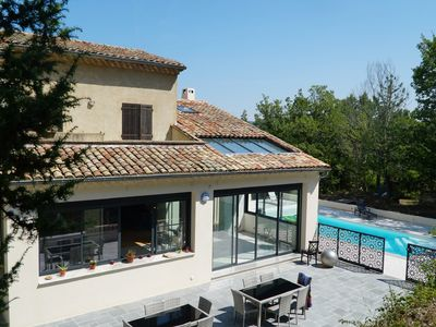 Photo for Luberon, sweetness of life and idleness, house with vast volumes, swimming pool, 14 p