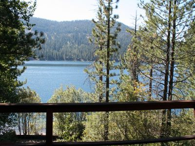 Photo for 3 bedroom, 2 bath, sleeps 7. Direct Donner Lake Access DLR#082