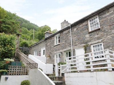 Photo for TANRALLT, romantic, character holiday cottage in Corris, Ref 985721