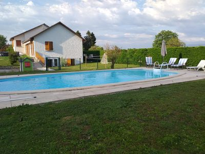 Photo for Beautiful country house ideally located with swimming pool.