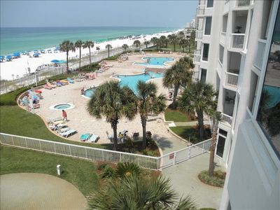 Photo for Oct 20-27 Available.  2 Master suites, free beach setup, Fast Wifi, HiDef