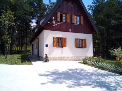 Photo for Plitvice Lakes- Spacious ensuite Room. Great for Couple, family with young kids