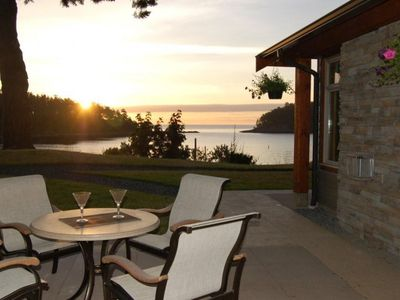 Photo for Mayne Island Resort - Waterfront Cottage 2