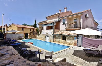 Photo for Modern air-conditioned apartment Tar-Poreč FIORELA2 swimming pool Wi-fi game room