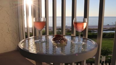 Beach condo with great Gulf views. Enjoy both the sunrise and sunsets!