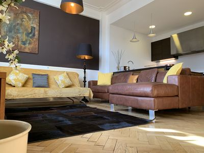 Photo for Luxurious 2 bed Apt in the heart of the city