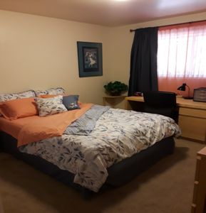 Photo for Private Room in Apartment: Medical Professionals/Vacationers Females Only