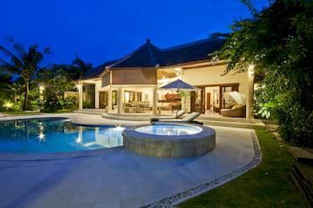 Photo for Villa Mango - In Seminyak (Core area of Seminyak)