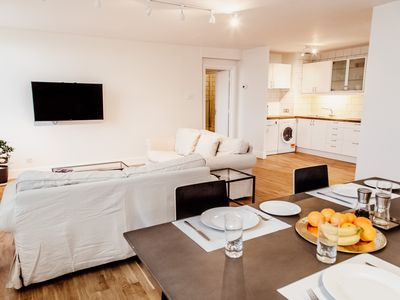 Photo for 1 minute walk to Westfield shopping centre, 5 minute bus ride to Notting Hill