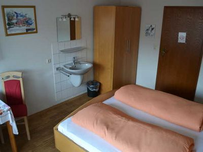 Photo for Double room with shower / WC Balcony - Guesthouse Tagescafe Eckenfels