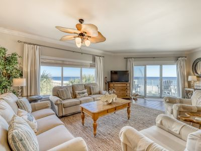 Photo for Waterfront corner condo w/ shared outdoor pool, gym & marvelous Gulf views