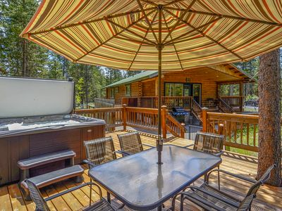 Photo for Pet Friendly Log Cabin near Sunriver w/Hot Tub, Fire Pit, Kayaks, Bikes & Game Room!