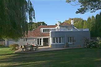 Photo for 4BR House Vacation Rental in Shipton Green