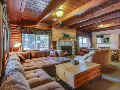 Photo for Two-story Tahoe cabin with room for 8 and private hot tub