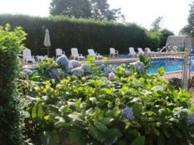 Photo for Walkable Location, South of HWY- Village of Southampton With Heated 20 x 40 Pool