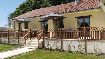 Search 127 holiday lettings