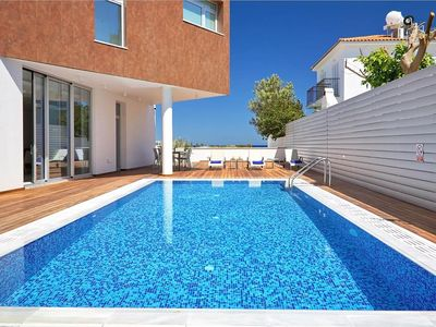 Photo for Amazing 3 Bedroom Luxury Villa, AC, Private Pool, Roof Terrace with Jacuzzi, 200 m from the Beach!