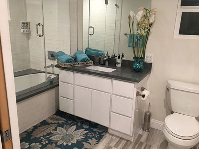 Photo for Modern, newly built unit neighboring Beverly Hills