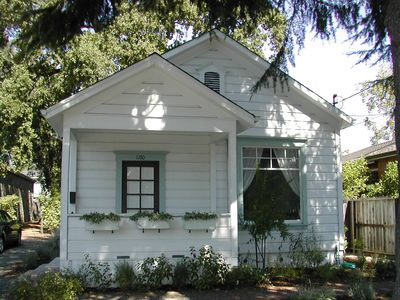 Photo for Charming Wine Country Cottage Steps from Downtown - Permit #2012-27